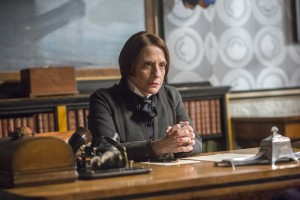 Penny Dreadful Dr. Seward Patti LuPone