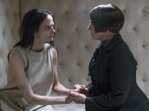 Penny Dreadful Episode 304 Eva Green Patti LuPone