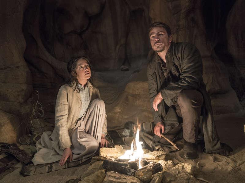 Penny Dreadful Episode 305 Josh Hartnett as Ethan Chandler - Sarah Greene as Hecate