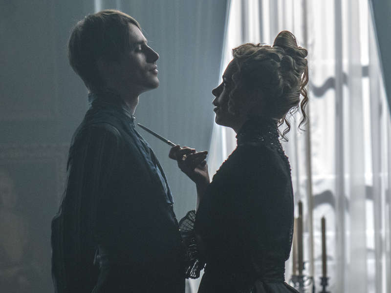 Penny Dreadful S3E6 Lily Billie Piper Dorian Gray Reeve Carney