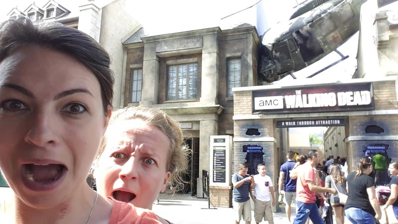 Nadja & Karina at The Walking Dead attraction - Ride at Universal Studios