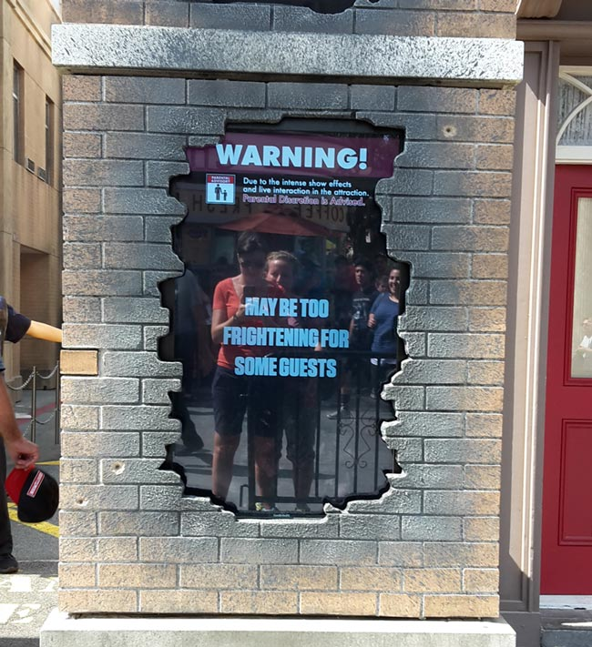 the walking dead universal studios sign TWD