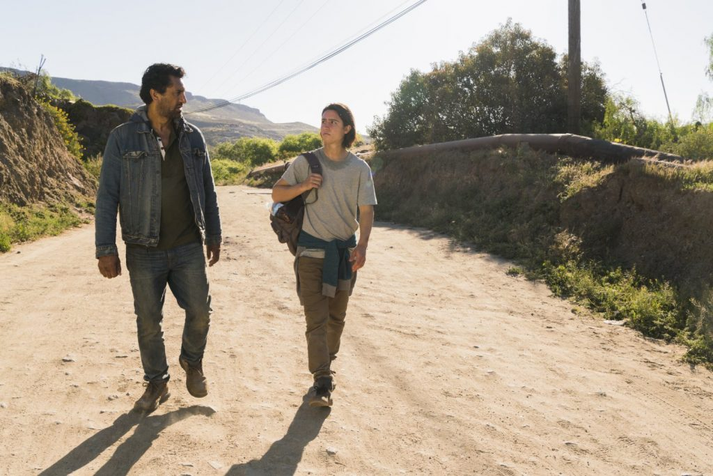 Fear The Walking Dead - 2x10 Do Not Disturb - Travis and Chris