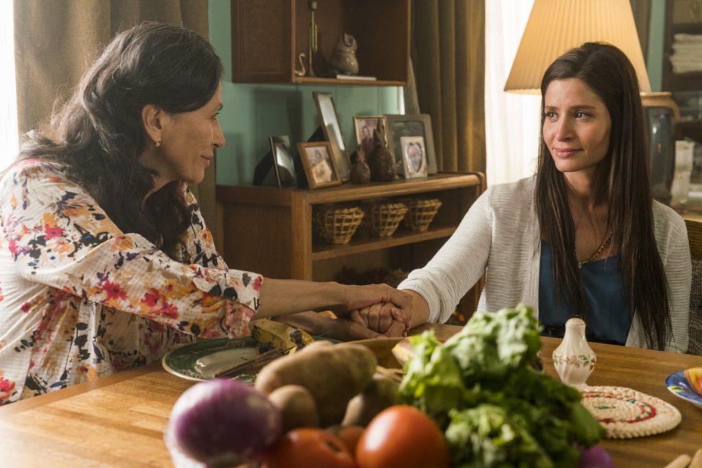 Fear The Walking Dead 2x12 recap Mercedes Mason as Ofelia Salazar