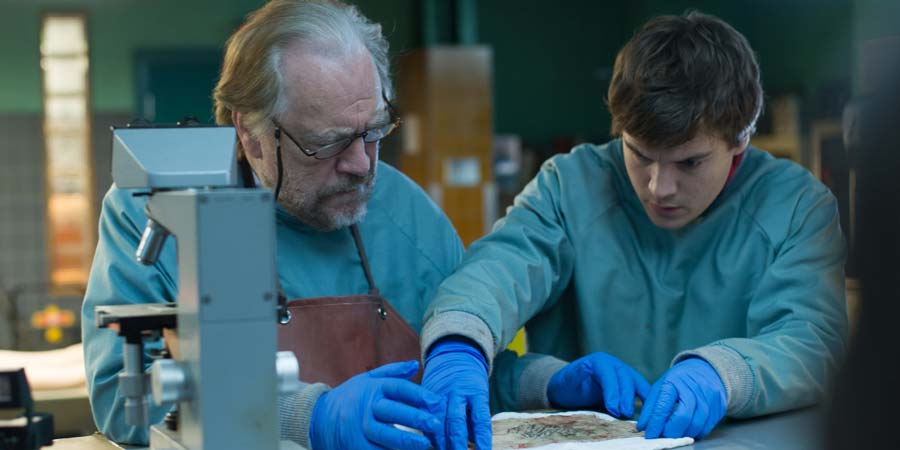 The Autopsy of Jane Doe - review - Brian Cox and Emile Hirsch