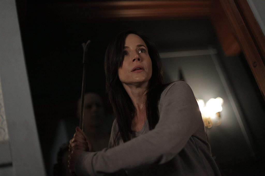 Havenhurst review - Julie Benz