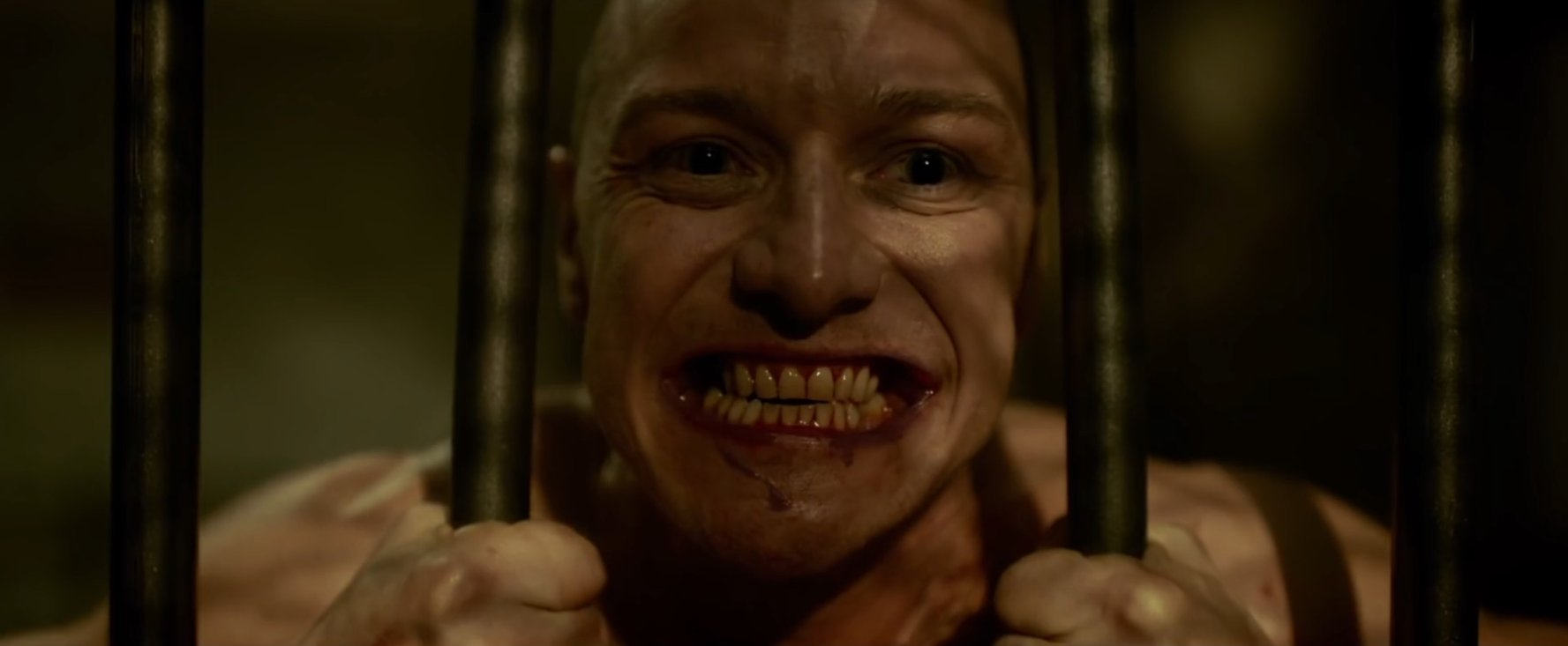Split 2017 horror movie review - M Night Shyamalan - James McAvoy