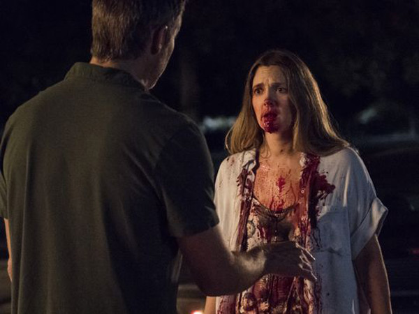 Santa Clarita Diet – A New Zombie Comedy Show From Netflix