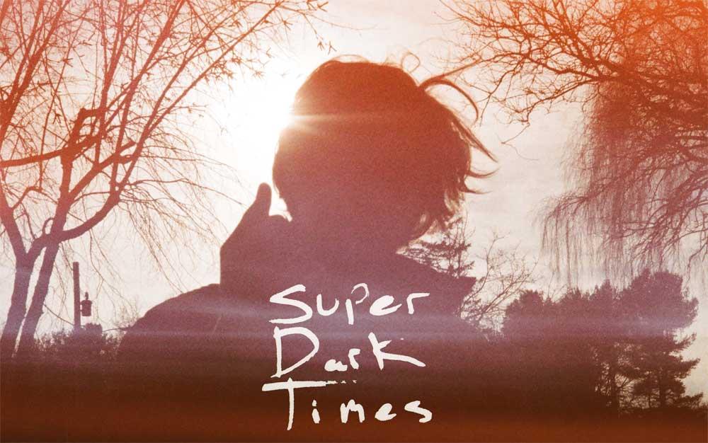 Super Dark Times (4/5)